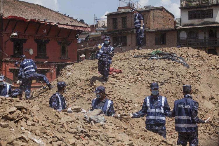2_nepal_earthquake_kathmandu_alexandra_radu