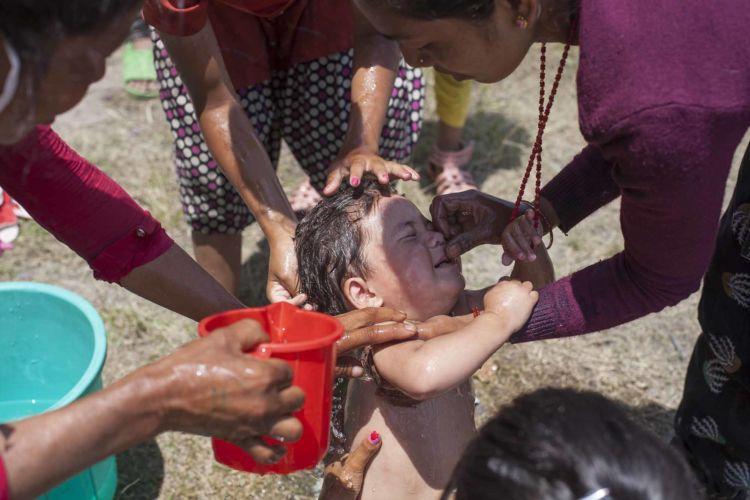 3_nepal_earthquake_kathmandu_alexandra_radu
