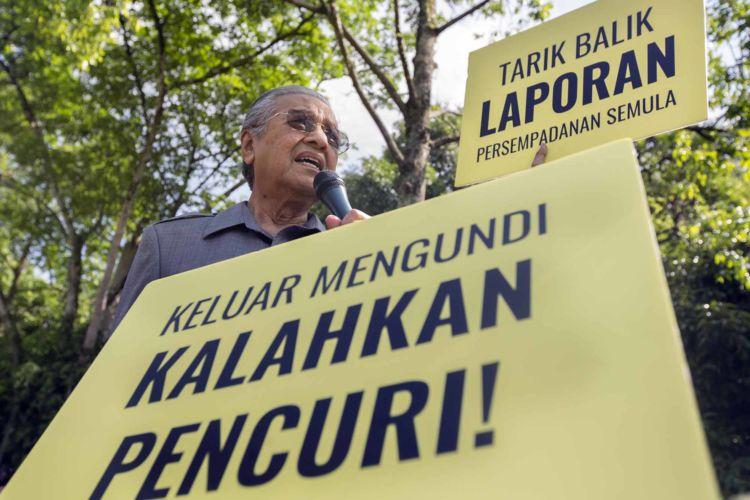20_malaysia_mahathir_anti_corruption_rally_alexandra_radu