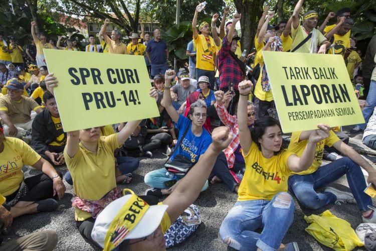 21_malaysia_anti_corruption_gerrymandering_elections_rally_alexandra_radu