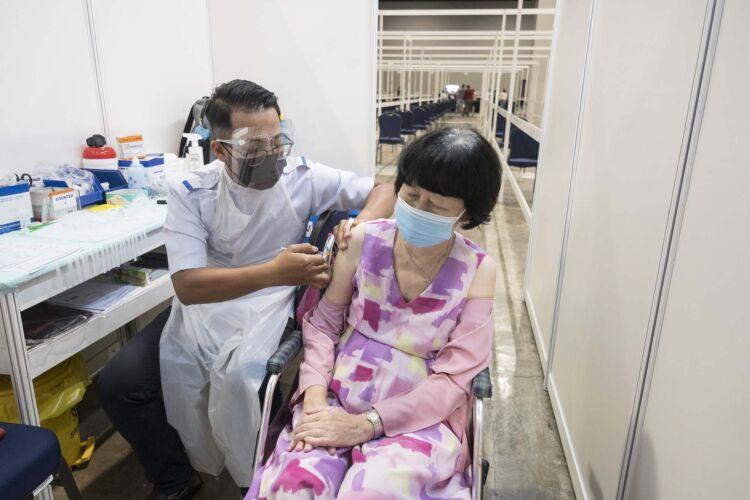 Malaysia vaccination